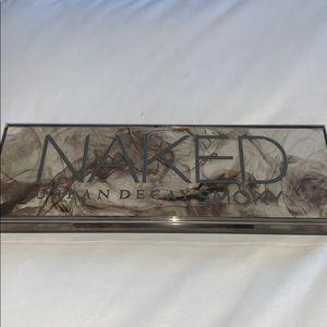 Naked Urban Decay Smoky Palette